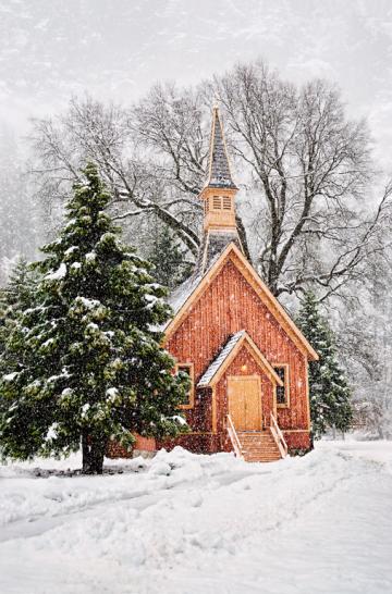 PCL8583-Yosemite-Chapel-2011-Ilford-01-04-2015-FSS-12x18